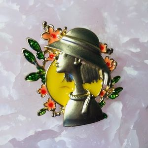 Lady Cameo Brooch Pin Yellow Enamel Womens Jewell